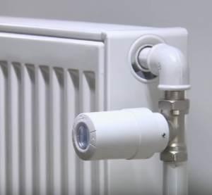Термоголовка з вмонтованим датчиком на радіаторі.